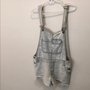 Free People Distressed Overalls Size 4